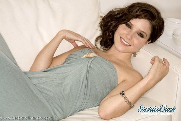 sophia-bush-linda-sexy-sensual-fofa-photo-desbaratinando (3)