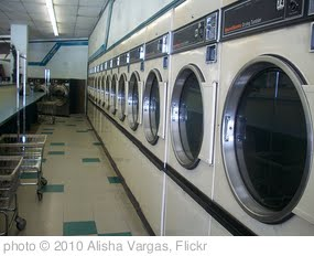 'Laundromat' photo (c) 2010, Alisha Vargas - license: http://creativecommons.org/licenses/by/2.0/