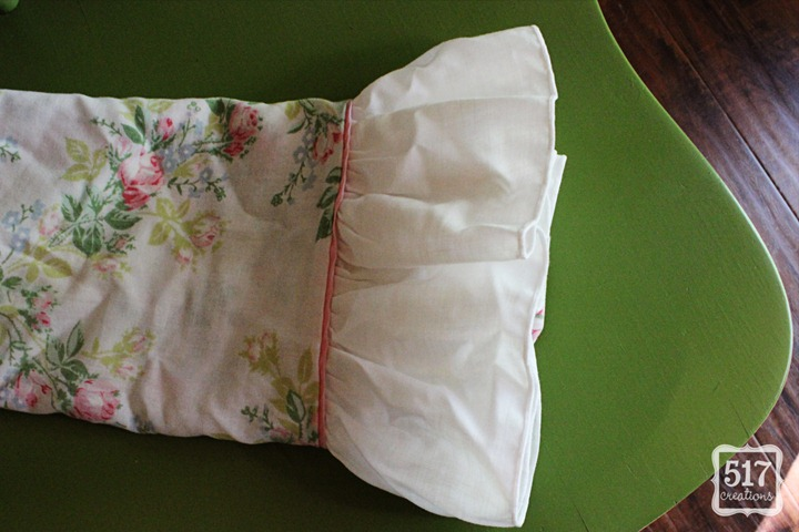 ruffle_pillow_case