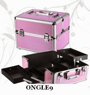 malette-de-rangements-rose.jpeg