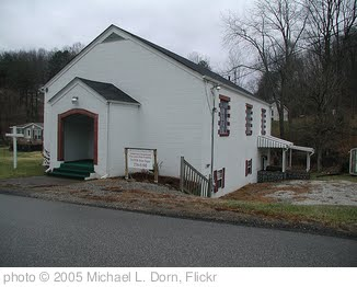'Country church in Teay's Valley, WV' photo (c) 2005, Michael L. Dorn - license: http://creativecommons.org/licenses/by-sa/2.0/