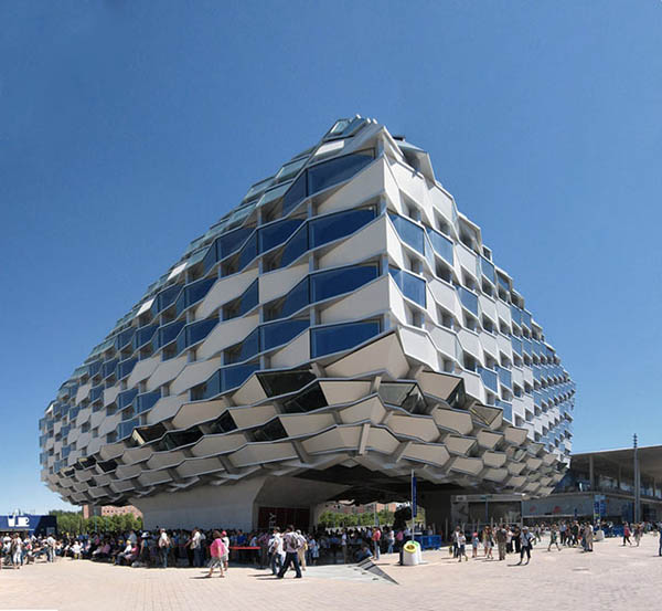 Strange-and-Awesome-Buildings-Architecture-9.jpg