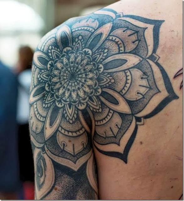 quarter-sleeve-tattoos-061