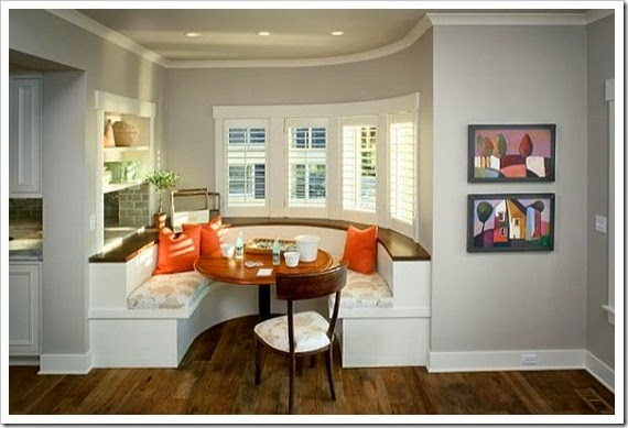kitchen-built-in-booth-family-friendly-dining-area