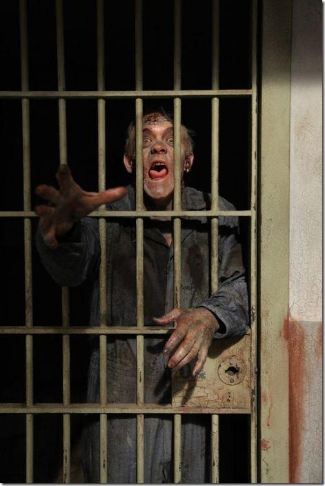 walking-dead-prison-set-12