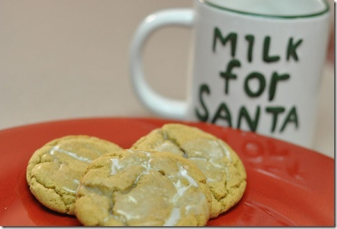 Ginger-Snap-Cookies-for-Santa_thumb1