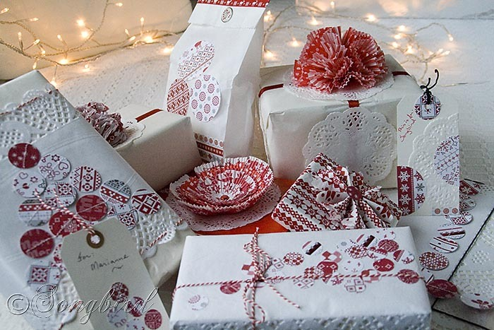 Songbird Christmas White Red Gift Wrapping 1