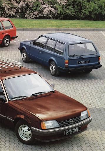opel_caravan_1983 (3).jpg