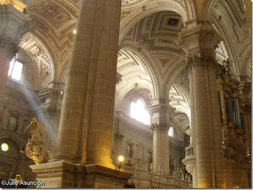 Interior de la catedral de Jaen