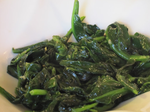 Sauteed spinach with lots of garlic