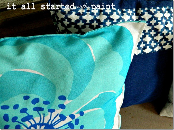 placemat_pillow_turquoise_and_royal_blue