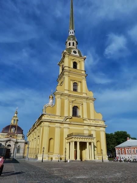 Obiective turistice St. Petersburg: Catedrala Sf. Petru si Pavel