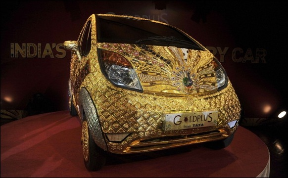 Indian-Car-Maker-Tata-Unveils-Gold-plated-Nano_02