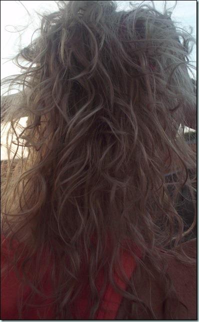 Escurecendo o cabelo com Tinta de Caixinha.