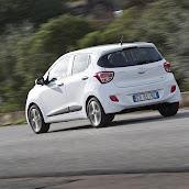 Yeni-Hyundai-i10-2014-23.jpg