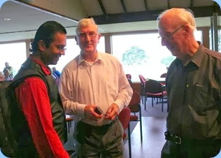 L to R: Ben Fernandez; Gordon Sutherland; and, Peter Brophy - deep in discussion. Photo courtesy of Dennis Lyons