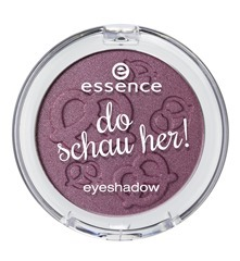 ess_do_schau_her_eyeshadow_03