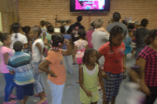 The kids get ready for the end of the Arts in the Park summer program. (Photo by: Kenrick Nobles)