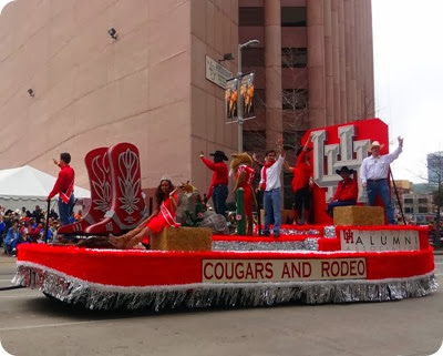 U of H float