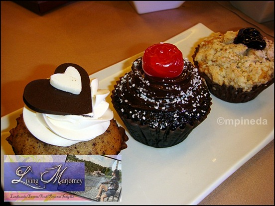 Valentine's Cupcakes Black Forest, Choco Banana, and Blueberry