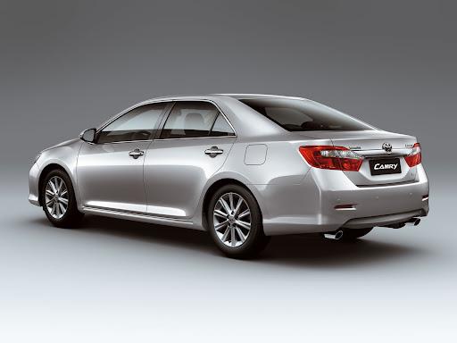 2012-Toyota-Camry-03.jpg