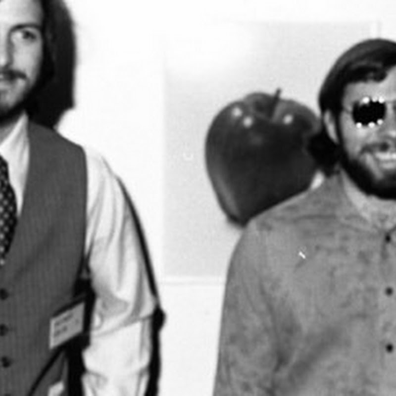 Sony hires Woz as advisor to Steve Jobs film, which Sorkin says won't be a 'straight ahead biopic'
