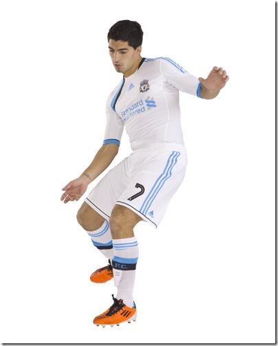 LFC 3rd kit 2011-12_Suarez