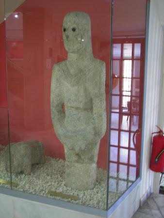 Imagini Harran: statuie de 11000 ani