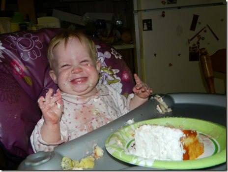 kids-enjoying-food-027