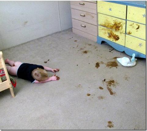 fotos divertidas de niños caca