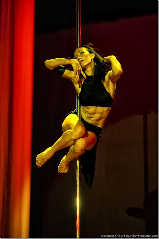 russian-pole-dancing-competition-25