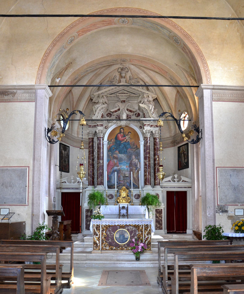 Santa Augusta 11