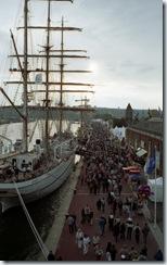 2003.07.03-161.08 la foule sur les quais