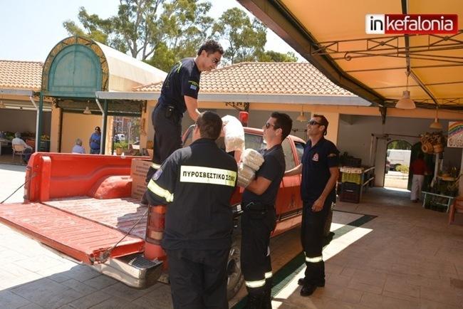 Πυροσβεστική και Λιμενικό παρέδωσαν τρόφιμα στο Κοινωνικό Παντοπωλείο [video]