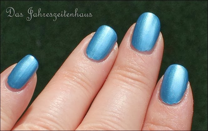 Essence - Gleam in Blue 4