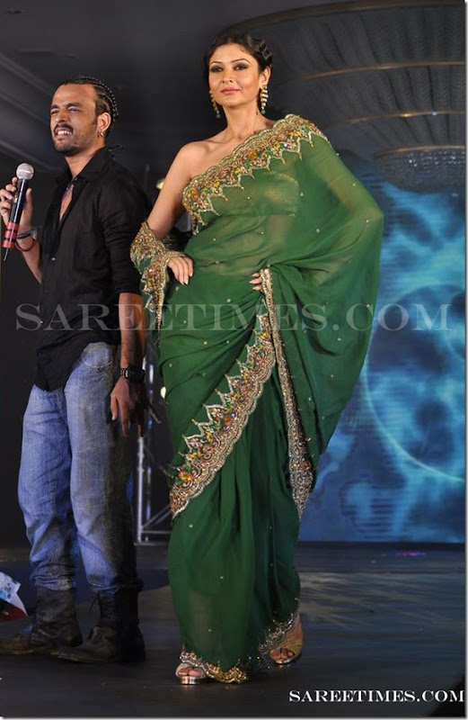 Green_Designer_Saree_Gitanjali_Fashion_Week