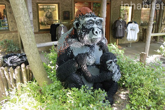 bronx-zoo-lego-gorilla