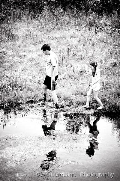 pond-b&w