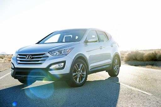 2013-Hyundai-Santa-Fe-Sport-01.jpg
