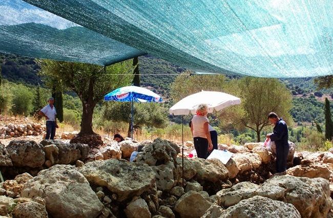 Φωτογραφίες από την ανασκαφή στα Τζαννάτα