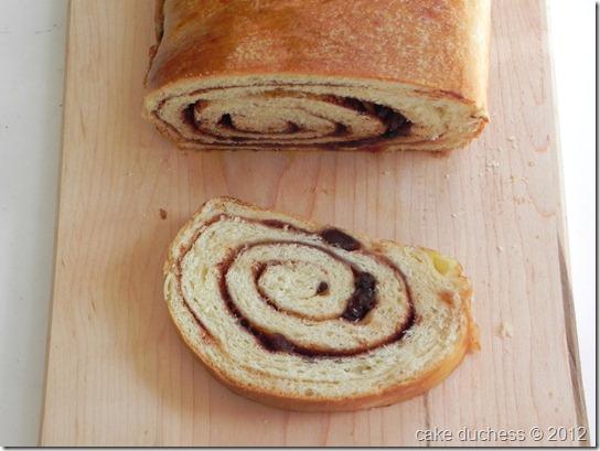 cinnamon-raisin-swirl-bread-5