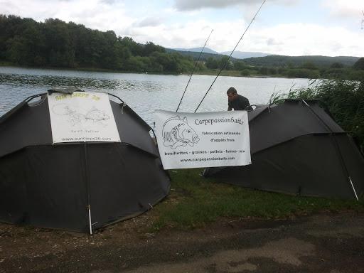 Le poste de pêche avec nos sponsors