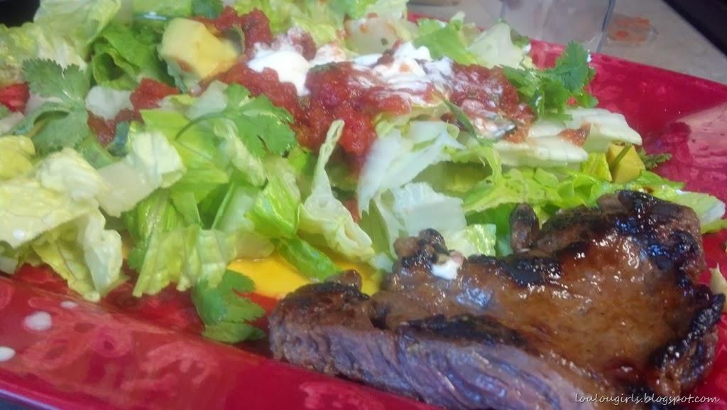 [Carne-asada-with-salad-and-salsa%255B4%255D.jpg]