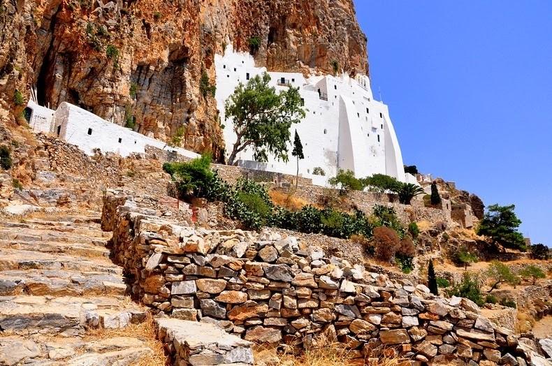 monastery-panagia-hozoviotissa-8