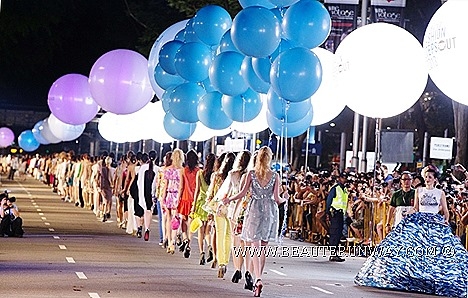SAMSUNG FASHION STEPS OUT 2013 SINGAPORE SPRING SUMMER Fausto Puglisi Victoria Beckham Coach J.Press Robinsons Marks Spencer Maria Grachvogel Adolfo Dominguez Ashley Isham Amaya Arzuaga Orchard Road Fashion Show