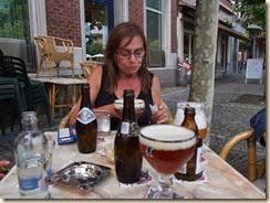 Borgworm: op een terras aan de hoek van de Rue Zénobe Gramme en de Rue Joseph Wauters