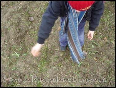 I bambini delle classi 1° della Scuola Primaria di Padulle piantano il grano! (9)