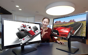 LG Expands its Glasses-Free 3D Monitor Lineup