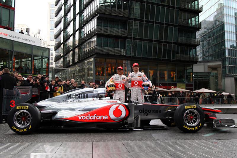 McLaren-Praesentation-2011-fotoshowImage-1fd00a37-564541.jpg