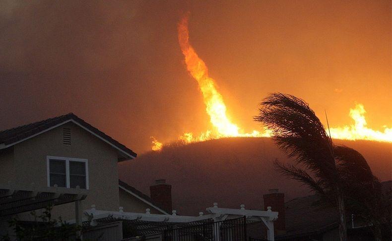fire-tornadoes-3